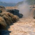 奔腾的黄河水