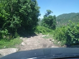 下山的路,没有了爬坡扭矩的限制,就很轻松了