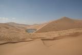 沙漠中的海子