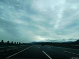 D1.出发的清晨,第一次冒雨在高速上开到120。