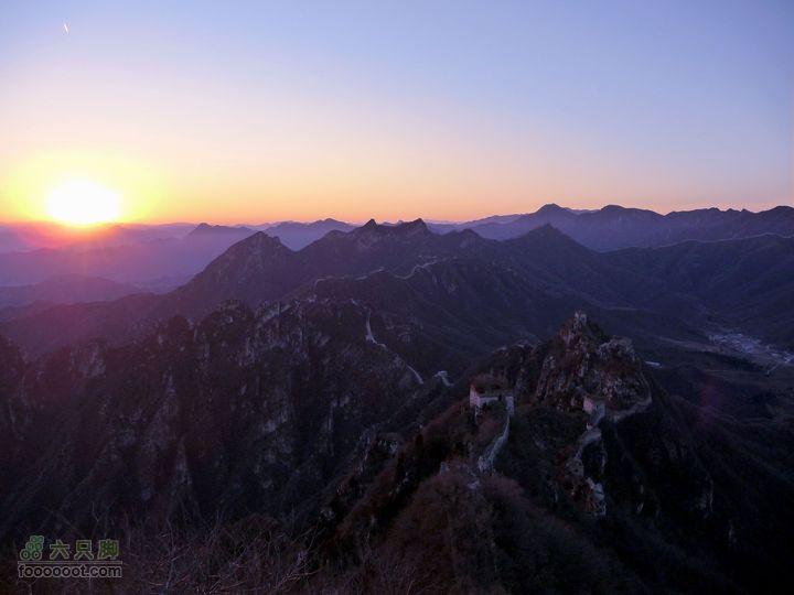 箭扣一日:赵氏山居-西大墙-北京结-鹰飞倒仰-箭扣-正北楼正北楼观夕阳