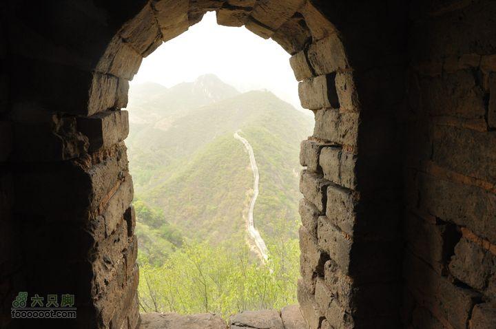 香屯-大云峡谷-水长城-小西湖-旺泉峪-水泉沟在第一个烽火台上