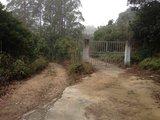 左边土路就是越野路入口