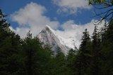 初见夏诺多吉雪山