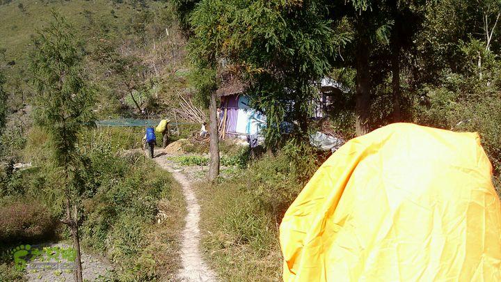 楠溪江源头穿越2012国庆第二部分猕猴桃基地生活用房,海拔970米,有好水