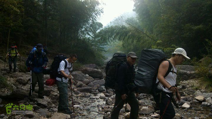 楠溪江源头穿越2012国庆第一部分从上涨营地出发