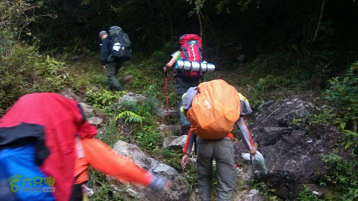 楠溪江源头穿越2012国庆第一部分还是翻越周坑头