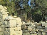 太平寨上的石屋